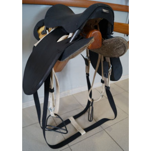 Седло кавалерийское со стременами купить в интернет магазине конной амуниции